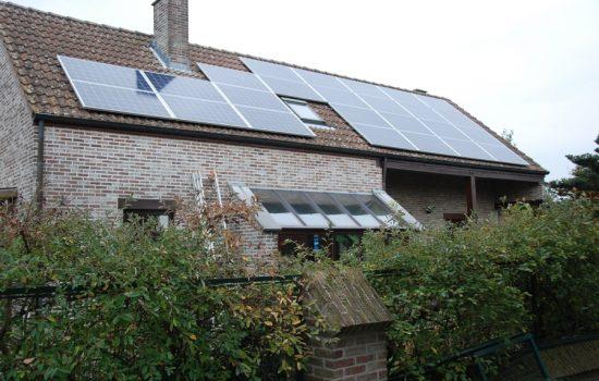 Realisatie zonnepanelen REC 275
