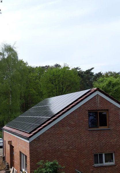 Realisatie 36 REC 320 N-Peak zonnepanelen met SMA omvormer STP8000TL-20 te Neerharen