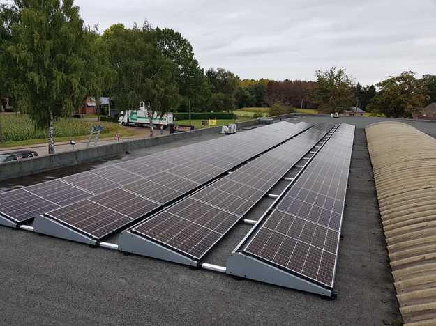 Realisatie 63 zonnepanelen REC 320 Wp met SMA omvormer STP10.0 te Mol