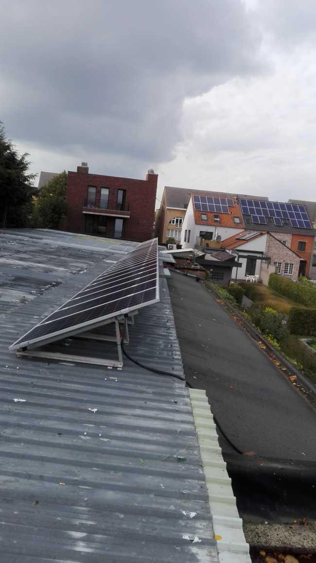 Realisatie 35 zonnepanelen Phonosolar 275 Wp met SMA omvormer STP6.0 te Geel