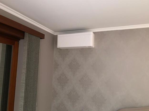 Realisatie Daikin Stylish aircowarmtepomp luchtlucht bestaande uit 2 binnenunits en 1 buitenunit te Schelle