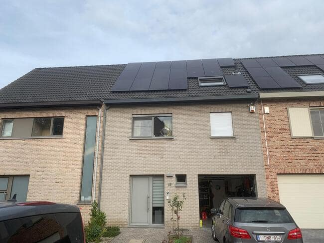Realisatie 18x QCELLS zonnepanelen 340 FULL BLACK met SMA omvormer SB4.0 te Wijnegem