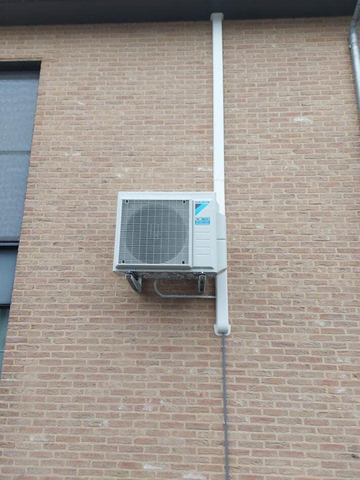 Realisatie Daikin multisplit  aircowarmtepomp met 3x Perfera binnenunits te Rummen
