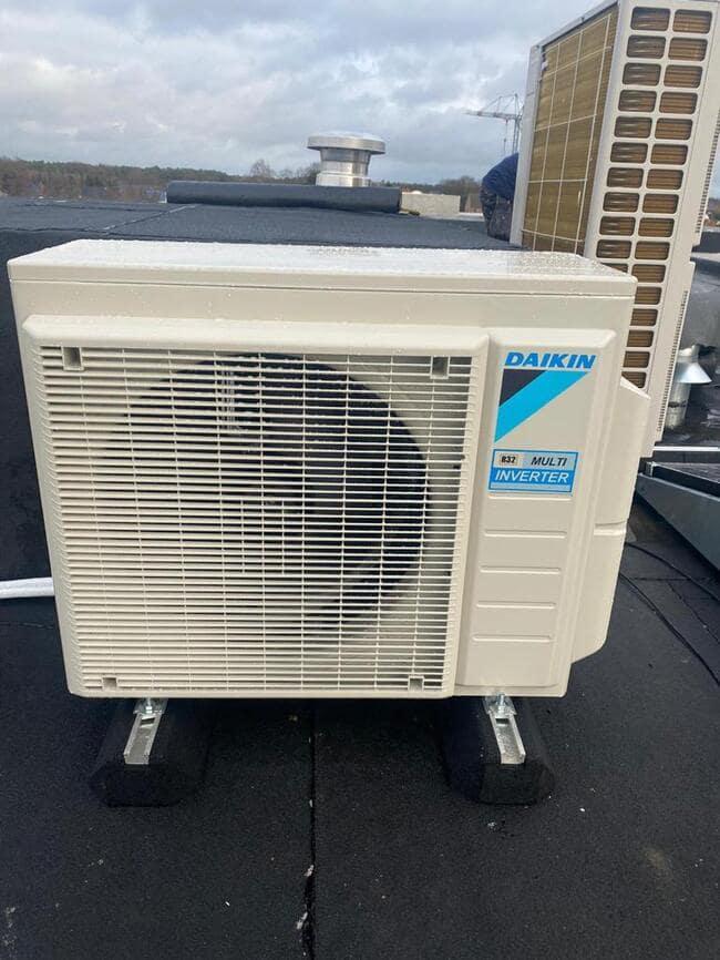 Realisatie aircowarmtepomp multisplit met Daikin  Perfera + Stylish binnenunits te Lommel